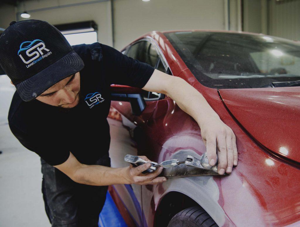 panel beating jobs apprenticeships careers mudgee dubbo leven smash repairs